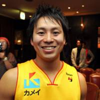 Still smiling: Sendai 89ers guard Takehiko Shimura has been a model of encouragement for the Tohoku region. | YOSHIAKI MIURA PHOTO