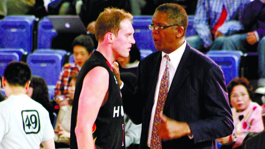 Lessons from the legend: Osaka Evessa coach Bill Cartwright, a three-time NBA champion as a player, has raised the stakes for center Rick Rickert (pictured) and his teammates.