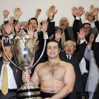 High hopes: Ozeki Kotooshu has his sights set on promotion heading into the Summer Grand Sumo Tournament in Nagoya. | KYODO PHOTO