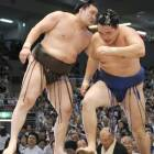 Hakuho still in charge after comfortable win