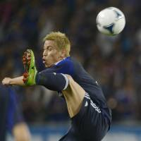 Just for kicks: Keisuke Honda was like an extra man on Wednesday, said Japan coach Alberto Zaccheroni. | KYODO