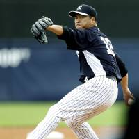 Kuroda throws four scoreless innings against Cardinals