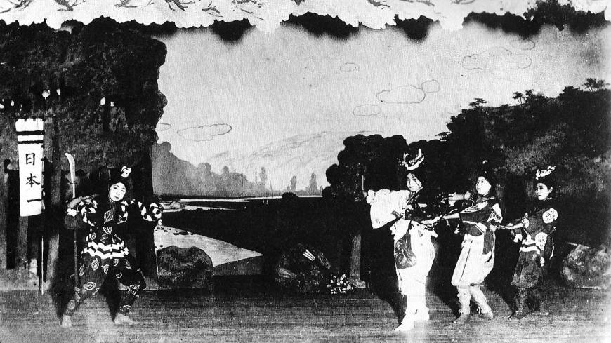 Old-time show: 'Donburako,' the first-ever Takarazuka play in 1914.