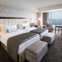 Renewed rooms at InterContinental Tokyo Bay; complete tasks, stay at Hilton Shinjuku for free; special French Courses at Park Hyatt