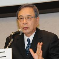 Yuji Miyamoto, a former Japanese ambassador to China, speaks on Japan-China relations during a symposium held April 22 in Tokyo. | SATOKO KAWASAKI