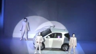 [VIDEO] Toyota launches iQ, its new ultracompact car