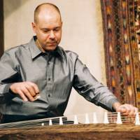 Foreign-born professional strives to reconnect Japanese with koto music