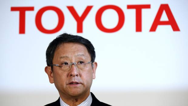Toyoda takes second in car race