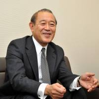 War stories: Ex-Ambassador to the U.S. Ichiro Fujisaki is interviewed Nov. 27 at the Foreign Ministry. | YOSHIAKI MIURA