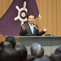 New No. 1: Naoki Inose speaks to Tokyo Metropolitan Government officials Tuesday, his first day as governor. | KYODO