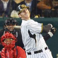 Back to basics: Hanshin Tigers outfielder Matt Murton wiped the slate clean after a disappointing 2012 and is thriving in the early part of the 2013 season. | KYODO