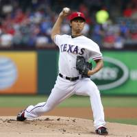 Darvish bests Verlander to notch seventh victory of season