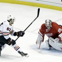 Chicago edges Detroit, forces Game 7