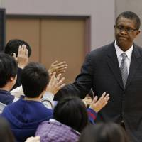 Center of attention: Fans enjoyed interacting with Osaka Evessa head coach Bill Cartwright, a longtime NBA center and former Chicago Bulls bench boss, during the season's final 28 games. | AP
