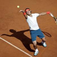 Berdych ousts Djokovic in Rome; Sharapova out with illness