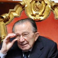 Late Italian leader Andreotti personified good, bad of homeland