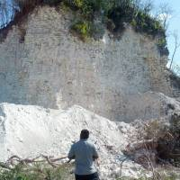 Builders bulldoze large Mayan pyramid in Belize