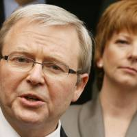 Battle for the post: Opinion polls in Australia have shown that Kevin Rudd would be a more popular leader than incumbent Prime Minister Julia Gillard. | AFP-JIJI