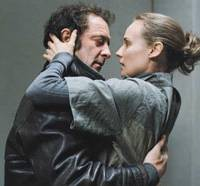 Handling it: Vincent Lindon and Diane Kruger in 'Pour Elle' | © NY5, LLC — ALL RIGHTS RESERVED.