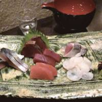 Mori-awase (mixed platter) of sashimi