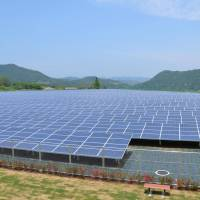 Japan set to top solar power market