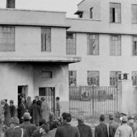 Sugamo Prison, site of the December 1948 hangings of seven convicted Class-A war criminals, is seen in Toshima Ward, Tokyo, in 1945. | KYODO