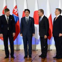 Abe cements energy ties with East European leaders