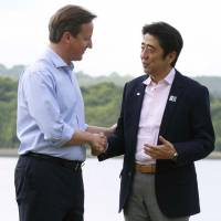 'Abenomics' spiel guardedly praised