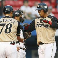 Nakata, Abreu double-punch sinks Marines