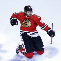 Blackhawks, Bruins set to meet for Stanley Cup