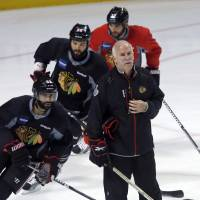Bruins look to contain Blackhawks in Stanley Cup finals