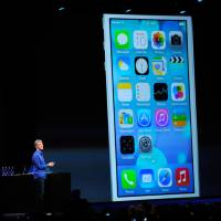 Apple revamps look of iPhone, iPad software with launch of iOS 7 system
