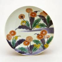 Nabeshima ware blooms: Dish with design of dandelion (Edo Period, latter half of 17th century to first half of 18th century) | SUNTORY MUSEUM OF ART