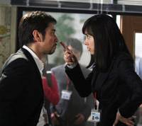 Behave: Sparks fly when Kazue Fukiishi, in the role of UNHCR staffer Rika Kudo, confronts her belligerent boss, Ed (played by Chris Peppler). | NHK