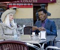 Artsy and aimless: Tilda Swinton and Isaach de Bankole in 'The Limits of Control' | © 2009 POINTBLANK FILMS