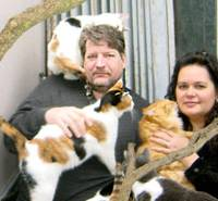 David Wybenga and his wife, Susan Roberts, are the founders of Japan Cat Network.