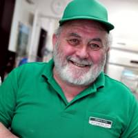 British pie man to pass on pastry prowess to new owner