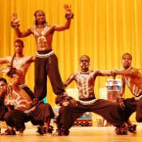 Show of hands: Celebrating the 50th anniversary of the country's independence, the National Ballet of Cameroon will visit Japan.