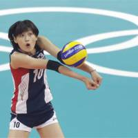 Playing hardball: South Korea's Kim Yeon-koung, seen here at the London Olympics, is embroiled in a dispute with her former club team that could end the spiker's career with the national team. | AP