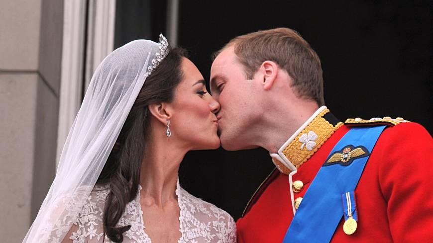 Fairy tale wedding: Britain's Prince William and his wife, Catherine, Duchess of Cambridge, kiss on the balcony of Buckingham Palace in London, following their wedding on April 29, 2011.
