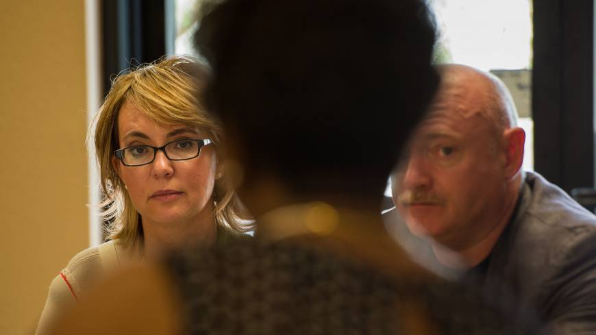 Giffords and Kelly meet with Las Vegas business owners to discuss the issue of responsible gun legislation the same day.