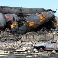 Officials trade blame over Canada train disaster