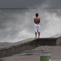 Philippines begins cleanup in typhoon's wake