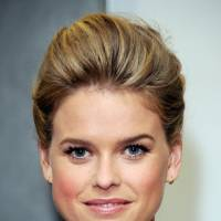 Actress  Alice Eve