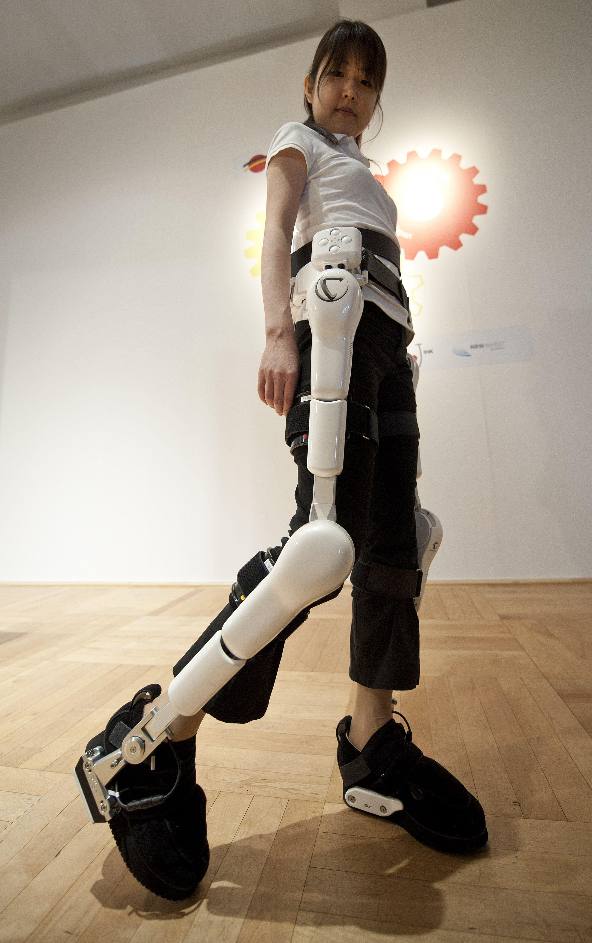 how to make a robot suit
