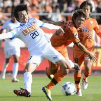 Kashima's Shibasaki impresses with professional approach to his craft