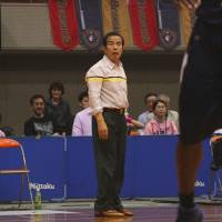 Big influence: Akita Northern Happinets coach Kazuo Nakamura mentored three current bj-league coaches when he guided the Hamamatsu Higashimikawa Phoenix. | KAZ NAGATSUKA