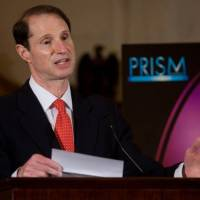 NSA leaks allow Wyden chance at privacy debate