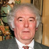 Man of words: Irish poet Seamus Heaney is seen in February 1995, about six months before he was awarded the Nobel Prize in literature. | AFP-JIJI