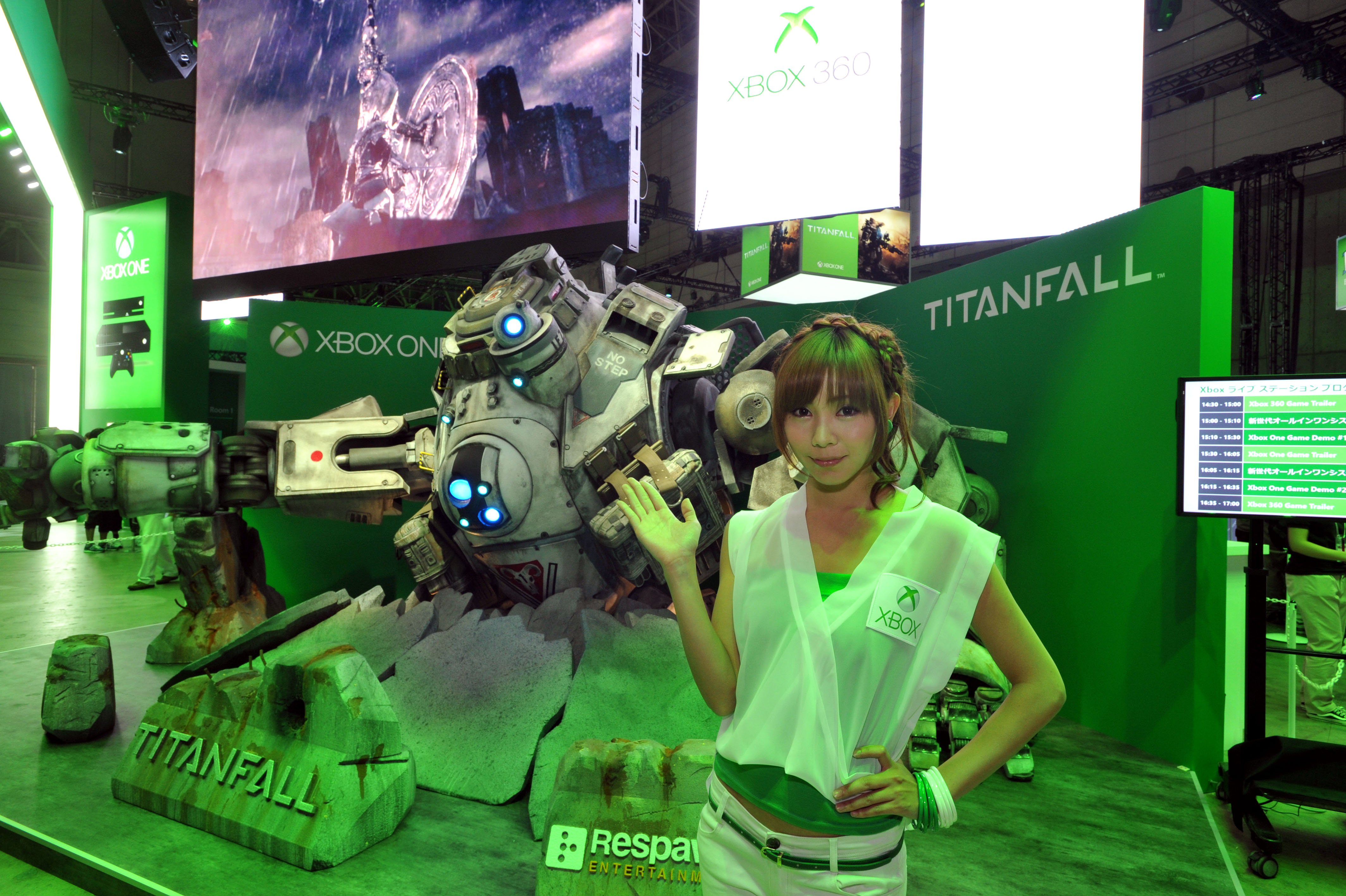 Modern Exhibition Stand Xbox One : Sony microsoft to square off at tokyo game show the